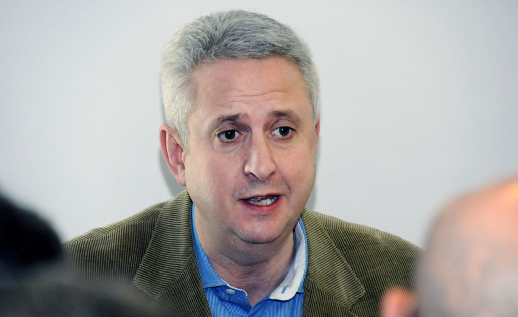 Ivan Lewis resigns Labour membership with blast at Jeremy