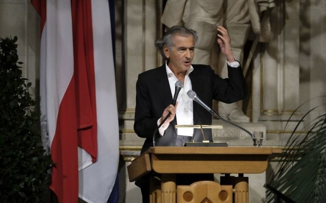 Bernard-Henri Lévy speaking at the conference