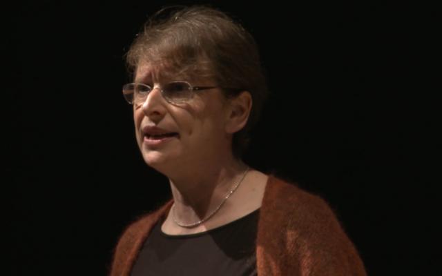 Maureen Kendler speaking at a JDOV talk in 2013