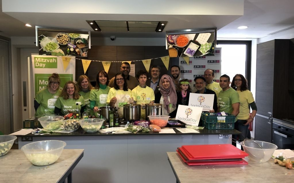 JW3 Cooking Session:  Muslim Aid, Alyth Synagogue and the new Shia Centre for Islamic Enlightening cooking for Sha'arei Tsedek's shelter