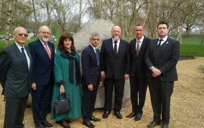 L-R: Survivor Jacques Weisser, Henry Grunwald, Valerie Mirvis, Mayor Sadiq Khan, Chief Rabbi Ephraim Mirvis, Israeli envoy Mark Regev and Neil Martin, UK chair of Yom HaShoah  Credit: John Rifkin