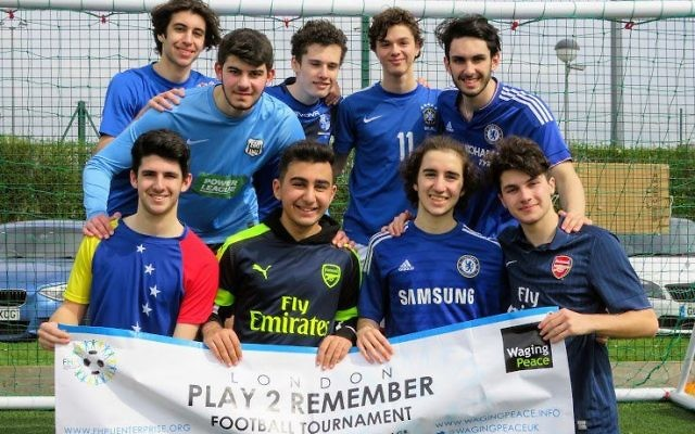 The Yavneh team at the Play2Remember tournament