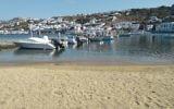Harbour at Chora