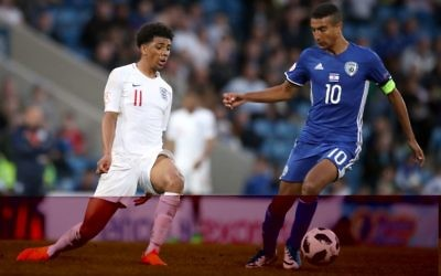 England's Xavier Amaechi (left) and Israel's Ibrahim Jauabra battle for the ball during the UEFA European U17 Championship, Group A match at the Proact Stadium, Chesterfield. P  Photo credit: Nick Potts/PA Wire.
