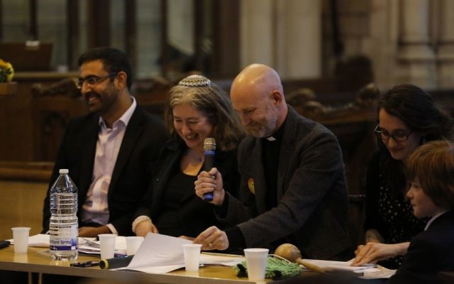 Faith and community leaders at the Harrow Citizens event lobbying councillors for better refugee support. Photo credit: Gwil Davey