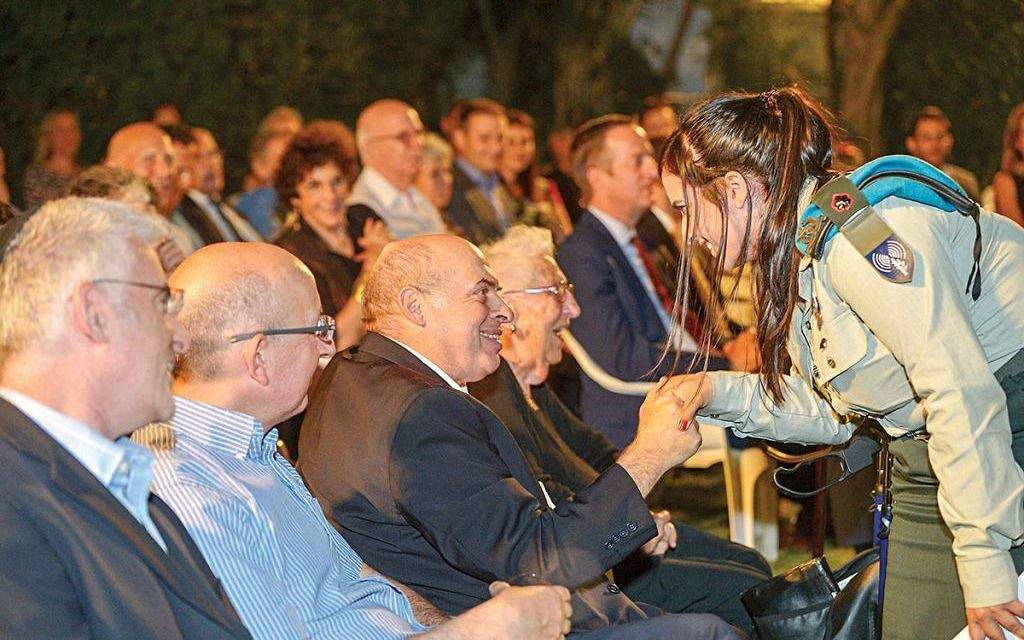 Jewish Agency chairman Natan Sharansky greets Alice Shalvi at the Aliyah 100 reception in Ramat Gan  Photo by Yossi Zeligar/Nikoart