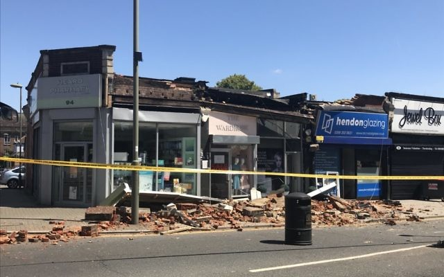The collapsed building   Picture: MPS Barnet on Twitter