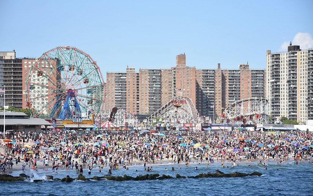 2b9d9c2281f9 World news-roundup  NY beach to host gender-segregated swim days for ...