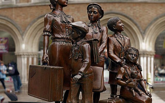 Kindertransport statue at Liverpool Street station