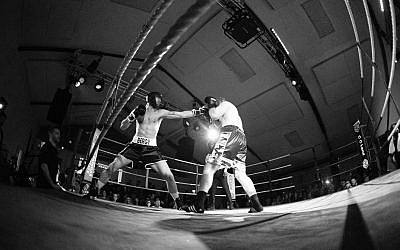 Jewish befriending service JUMP received a £1,000 donation after two friends organised a boxing event