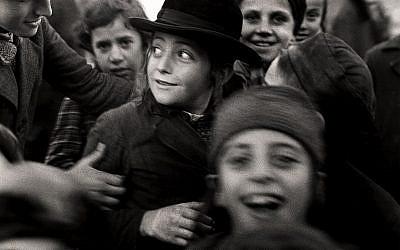 Jewish schoolchildren in Mukacevo, western Ukraine, circa 1935-38. Credit: Mara Vishniac Kohn