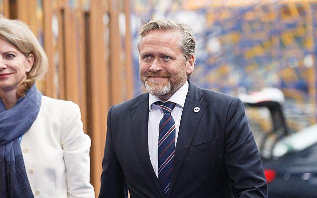 Anders Samuelsen  ( Wikimedia Commons - Source; Raul Mee - https://www.flickr.com/photos/eu2017ee/36685969800/)