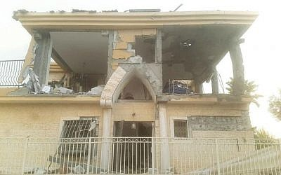 Scene of Miri Tamano's destroyed house after the Gaza rocket. Credit: Zionist Federation UK on Twitter