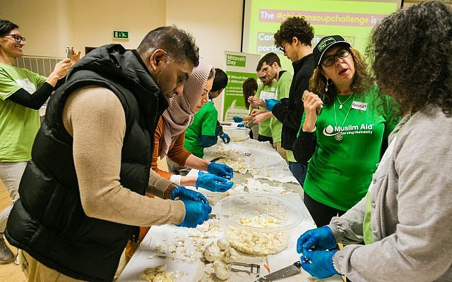 More than 1,000 portions of chicken soup were made at East London Mosque for Mitzvah Day 2018! Photo credit: Yakir Zur