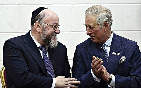 The Prince of Wales (right) speaks with chief rabbi Ephraim Mirvis in 2018
