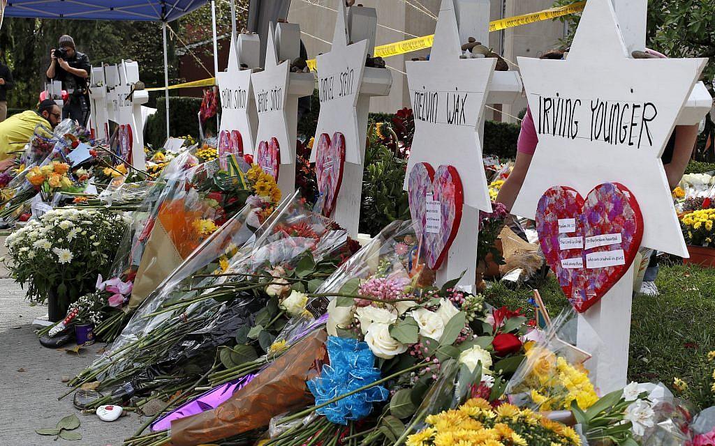 Man accused of Pittsburgh shul massacre has plea bargain rejected