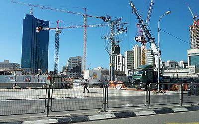 Hasan Arafe qrt. in Tel Aviv. Israel is awash with cranes busily building new ventures, and its future. (Credit: Wikimedia Commons - via Jewish News)