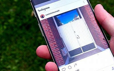 Instagram app on a smartphone. Credit: Wikimedia Commons - Santeri Viinamäki)