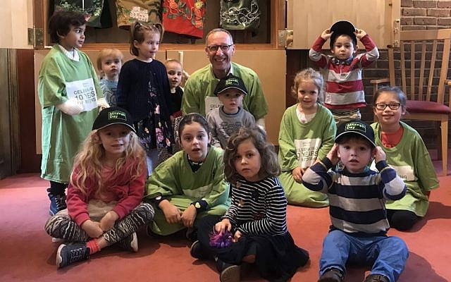 Some young Mitzvah Day volunteers at Northwood and Pinner Liberal Synagogue