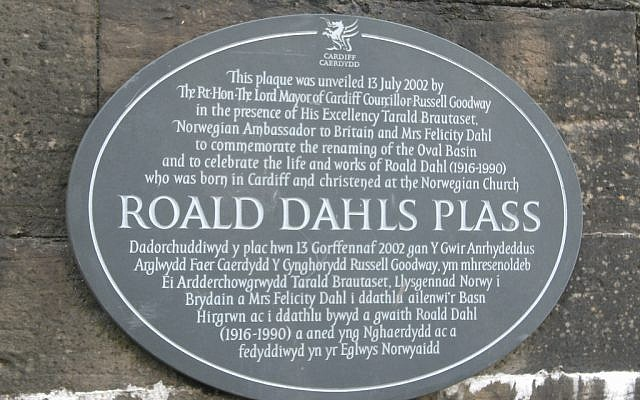 Roald Dahl has been commemorated with plaques and stamps, but the Royal Mint said no on the grounds of his antisemitism
