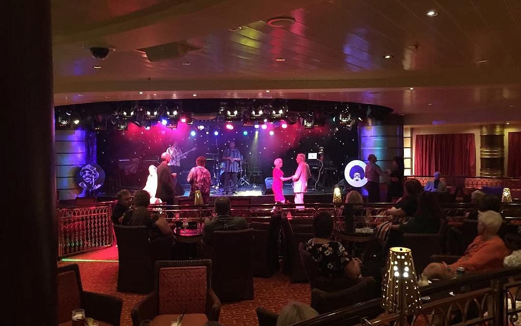 Showtime on board the cruise