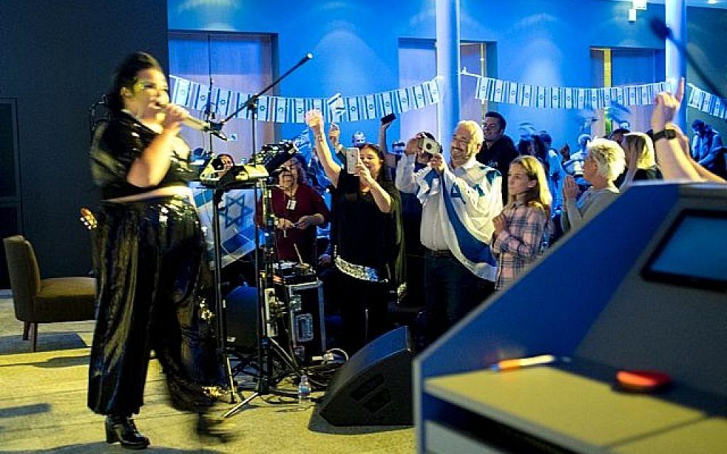 Netta performing for British Airways!