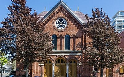 Congregation Emmanu-El Synagogue (1863) in Victoria, British Columbia, the oldest Synagogue in Canada still in use, and the oldest on the West Coast of North America. Source: Wikimedia Commons. Credit: Michal Klajban (Hikinisgood.com)