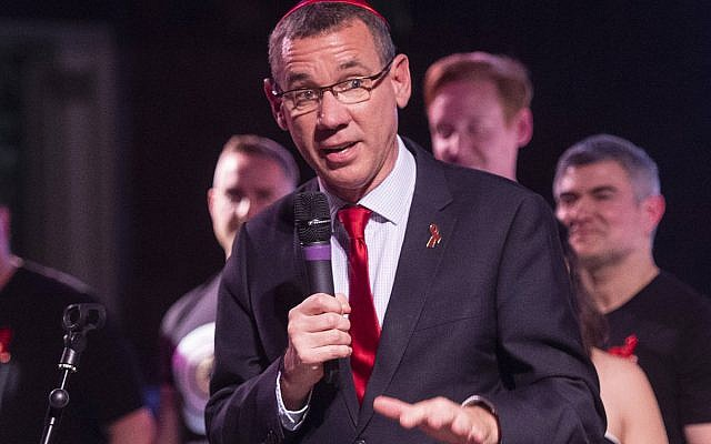 Mark Regev at the West London Synagogue's World's Aids Day concert. Photo credit: Elliott Franks