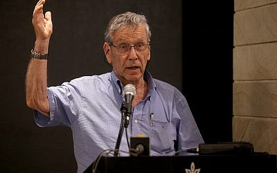 (FILE) - Israeli author Amos Oz speaks at Tel Aviv University , 14 May 2014 (reissued 28 December 2018). The award-winning Israeli writer Amos Oz died at the age of 79 after suffering from cancer on 28 December 2018. Photo by: Gideon Markowicz-JINIPIX