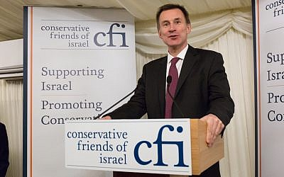 Jeremy Hunt speaking at the CFI reception