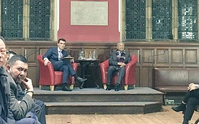 Dr Mahathir Mohamad speaking at the Oxford Union