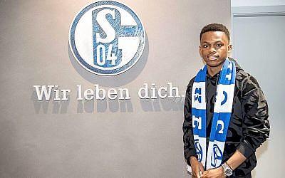 Rabbi Matondo signing for Schalke