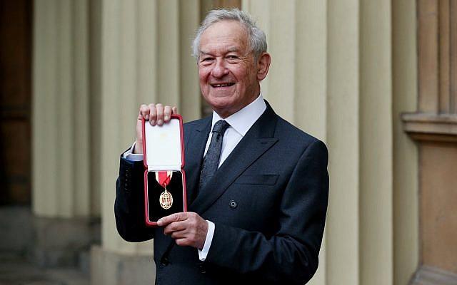 Arise Sir Simon Schama! (Source: Royal Family on Twitter)
