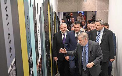Prime Minister Zoran Zaev and Robert Singer looking through the new memorial museum