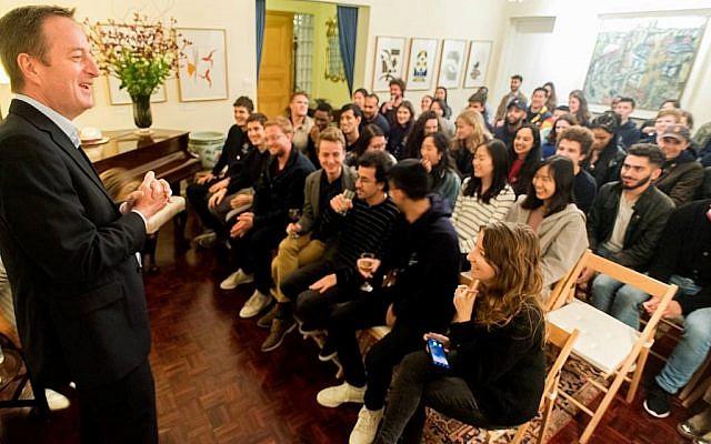 David Quarrey speaking to Imperial students in Israel