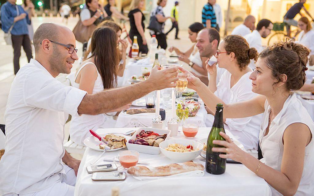 Tel Aviv prepares to host hundreds of Shabbat meals for Eurovision visitors
