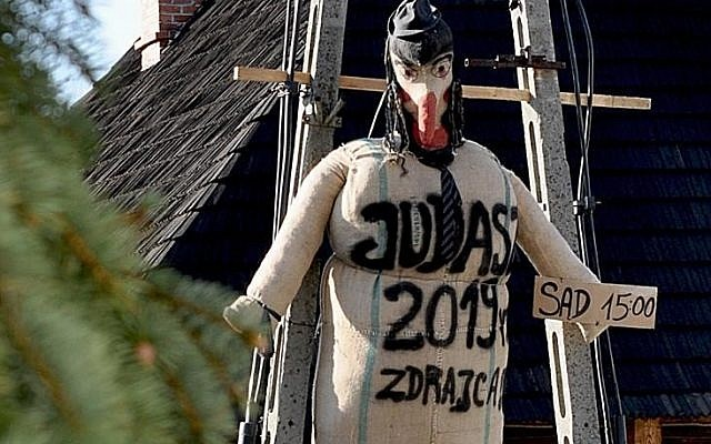 The effigy of 'Judas' Credit: : (@antonia_yamin /  J-Nerations)