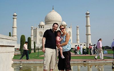 The Coltons doing Pesach by the Taj Mahal