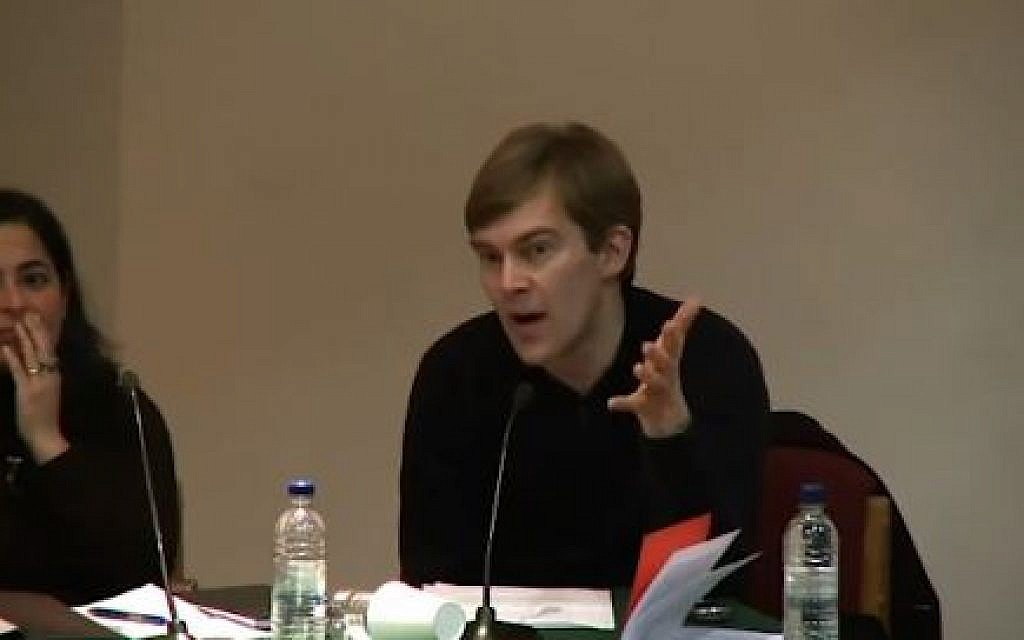WATCH: Seumas Milne appears to lament Shimon Peres knighthood in video