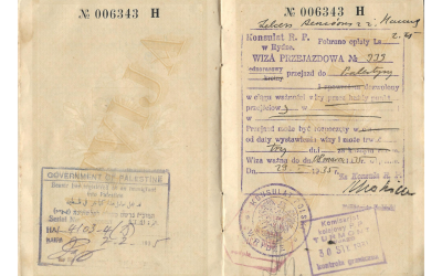 Sample visa issued by consul Konstanty Rokicki in Riga, 1935, and used for transiting to British Palestine. (Wikipedia/Huddyhuddy)