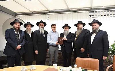 New Ukrainian President Volodymyr Zelensky met with Ukrainian  Rabbis (Credit: Eduard Dolinsky  - @edolinsky)