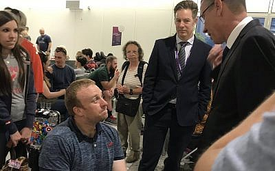 Mark Regev (right) chats with former service personelle ahead of the Veteran Games