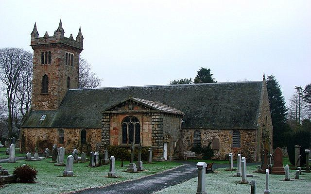 Dirleton Church of Scotland (Wikipedia/Bill Henderson - From geograph.org.uk)