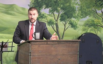 """Frame of the video sermon """"The Timing of the Rapture"""" preached by Steven L. Anderson.  (Wikipedia/ sanderson1611  - Steven L. Anderson / Faithful Word Baptist Church (https://www.youtube.com/watch?v=P1ftRFBYTSQ))"""