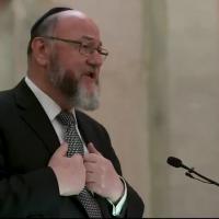 Chief Rabbi Ephraim Mirvis joined Sadiq Khan and religious leaders for an interfaith Iftar