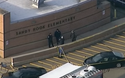 Police arrive at Sandy Hook Elementary, after the shooting on December 14, 2012. (Wikipedia/Youtube/Voice of America - https://www.youtube.com/watch?v=gAmr-A-F8K8)
