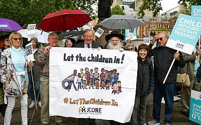 Lord Alf Dubs, Rabbi Gluck and representatives from the Jewish Council for Racial Equality at a demo in support of child refugee resettlement Credit: Dinendra Haria