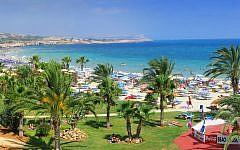 Ayia Napa beach (Wikipedia/Vitaly Lischenko (Vlish))