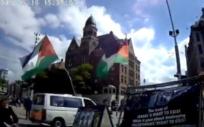 Screenshot from Twitter of the anti-Israel protest and counter-demo in Dam Square