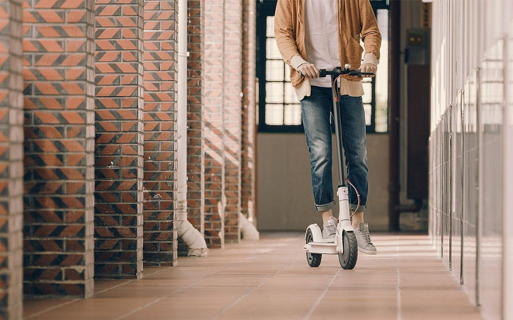 Tech That! Xiaomi M365 Electric Scooter